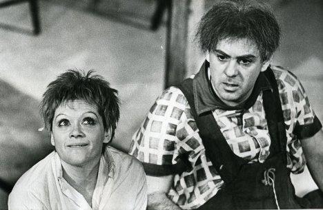 алиса фрейндлих (малыш) и анатолий равикович (карлсон), театр ленсовета